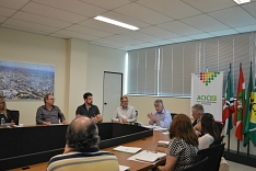 Acic realiza primeira reunião com nova diretoria