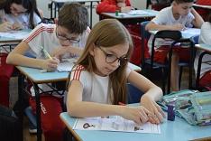 Alunos enfrentam a primeira fase do Prêmio Acic de Matemática nesta quarta-feira