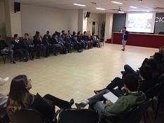 Leonardo Carioni palestra sobre inovação e empreendedorismo