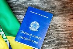REFORMAS TRABALHISTAS E PREVIDENCIÁRIAS: REFLEXOS NO AMBIENTE CORPORATIVO
